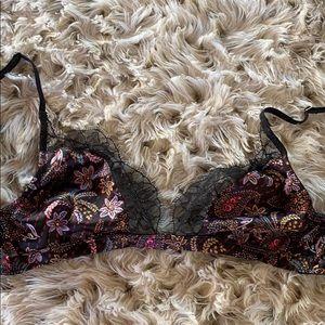 Victoria's Secret lace bralecte!